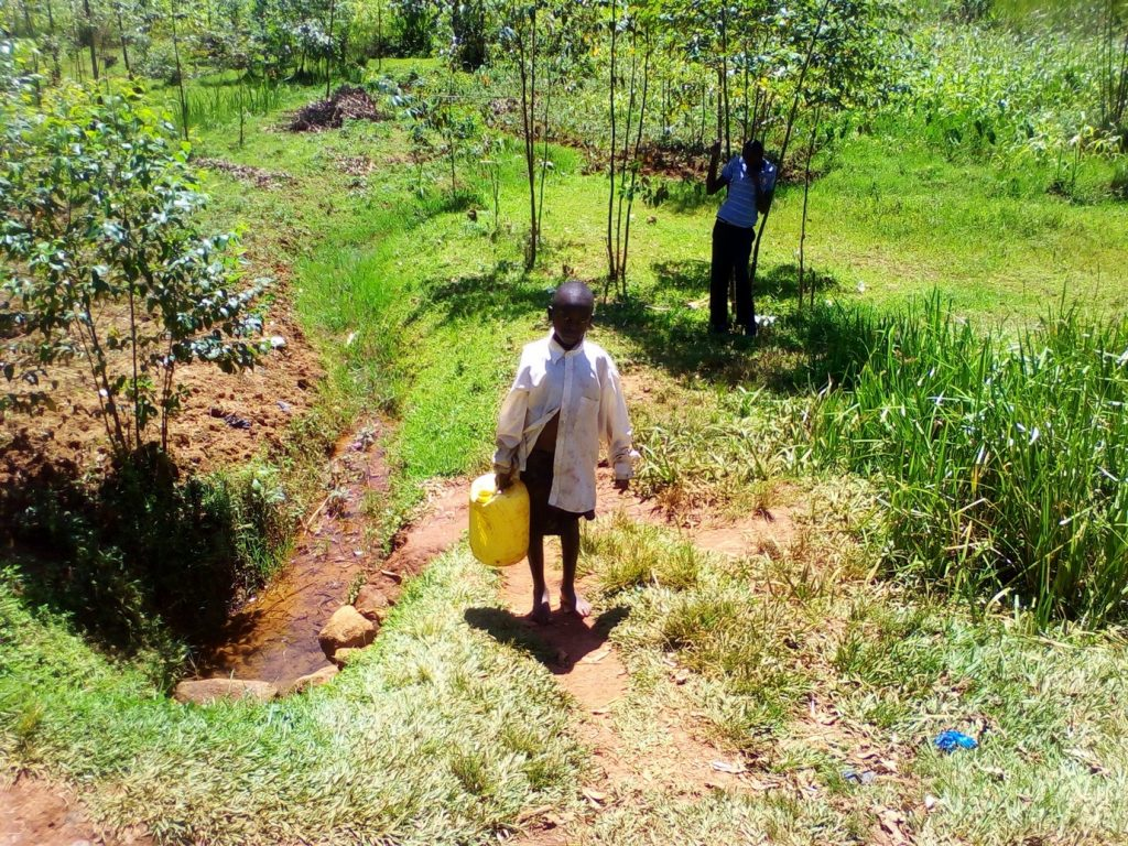 The Water Project : 3-kenya18137-carrying-water