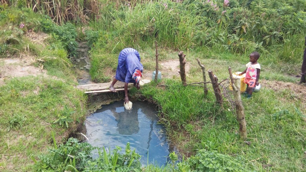 The Water Project : 5-kenya18121-fetching-water