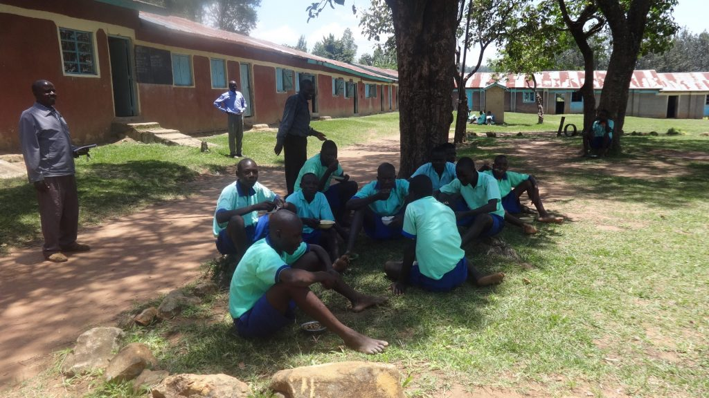 The Water Project : 7-kenya18031-students-eating-lunch
