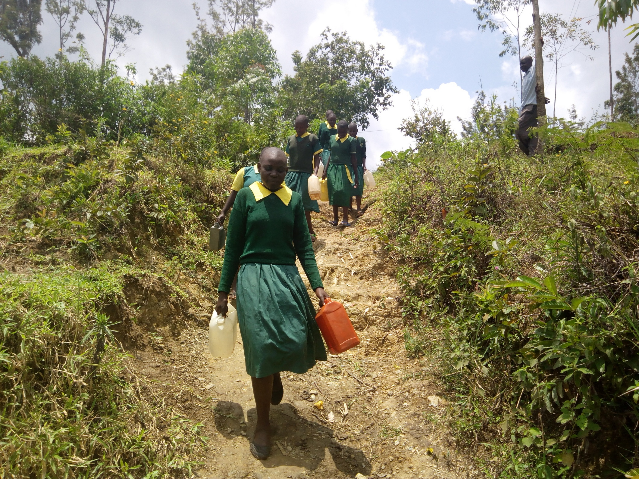 The Water Project : kenya18083-students-heading-to-fetch-water