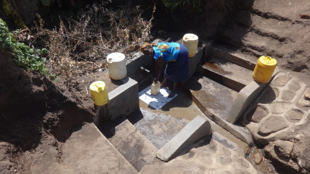 The Water Project : 16-kenya18087-clean-water