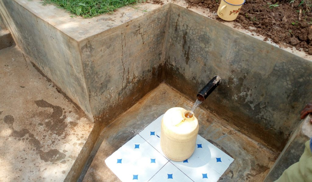 The Water Project : 16-kenya18088-clean-water