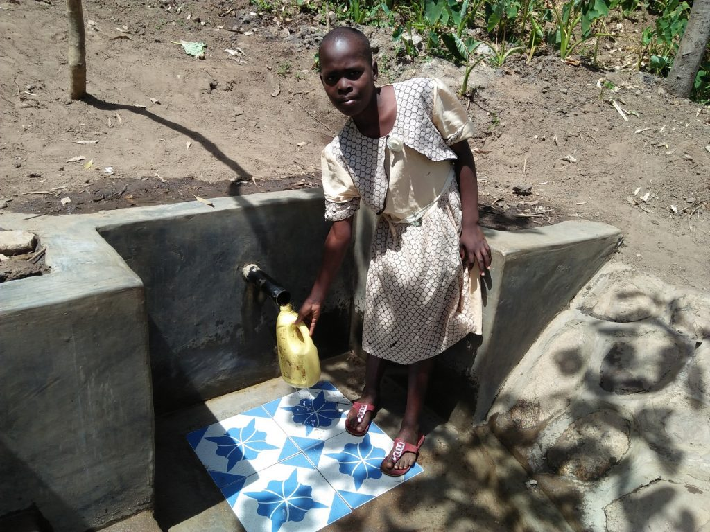 The Water Project : 18-kenya18085-clean-water