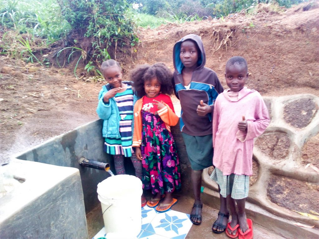 The Water Project : 18-kenya18139-clean-water