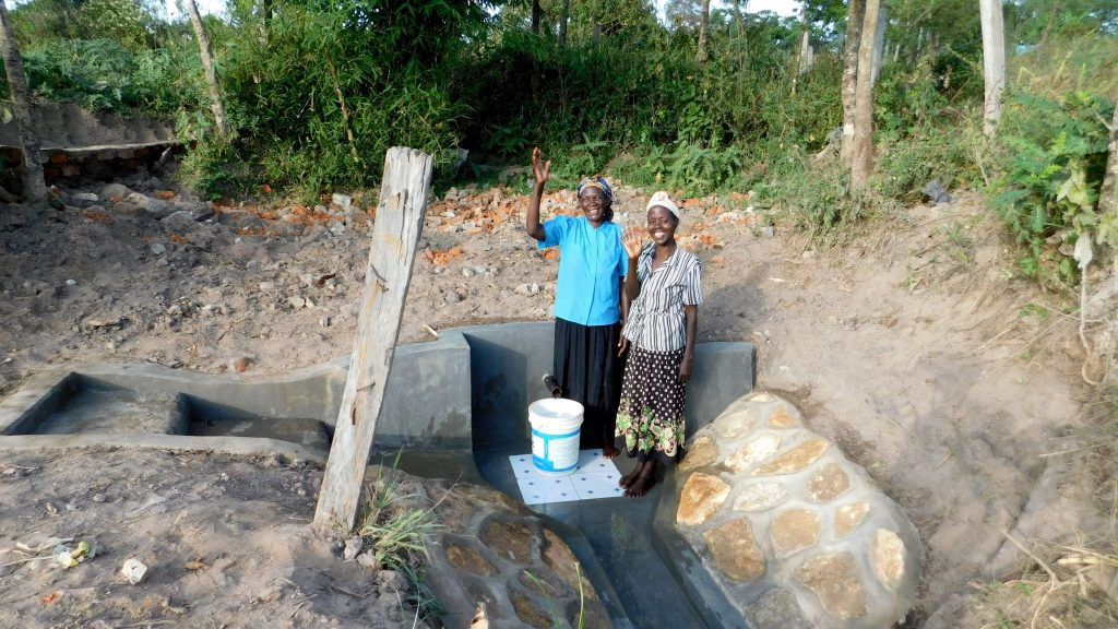 The Water Project : 19-kenya18089-clean-water