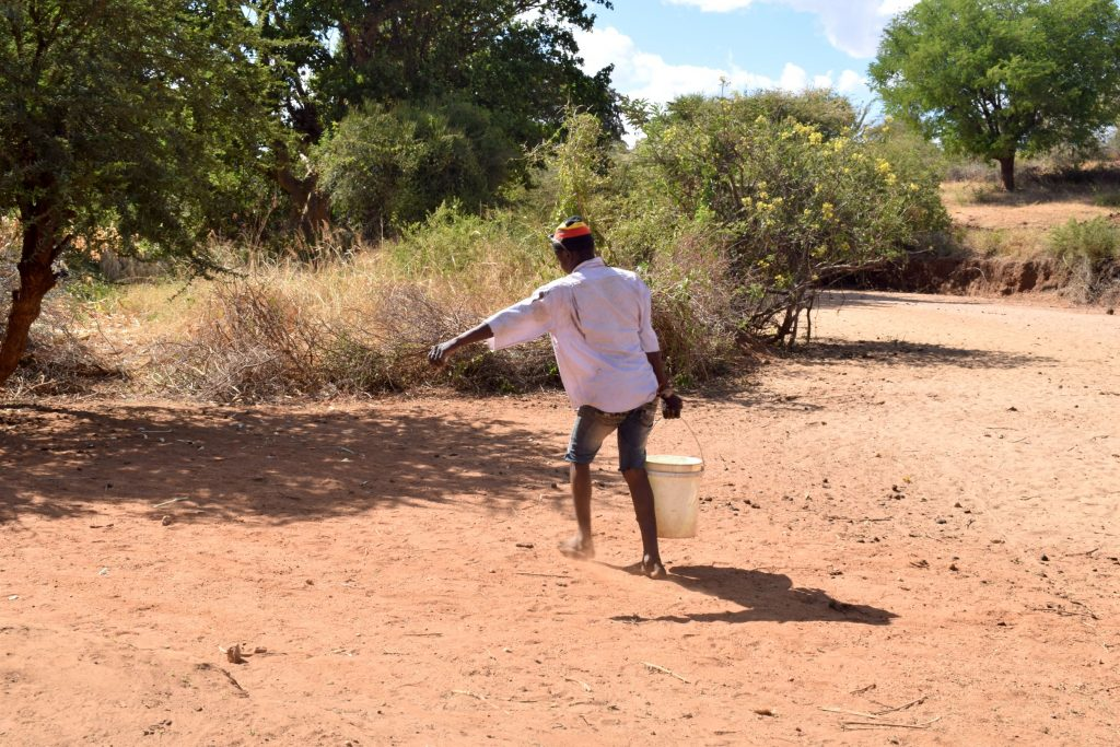 The Water Project : 2-kenya18178-carrying-water