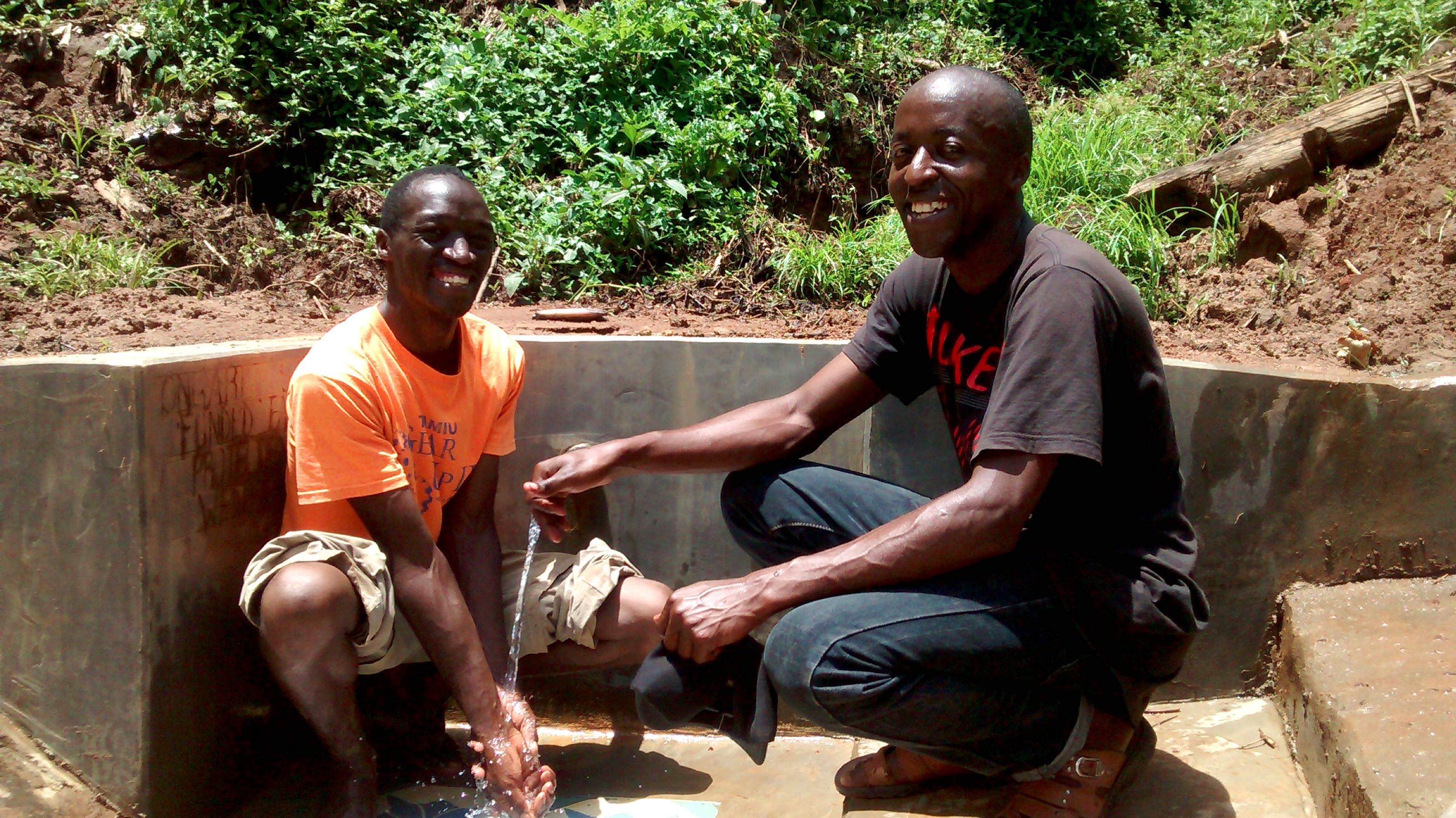 The Water Project : 23-kenya18099-clean-water