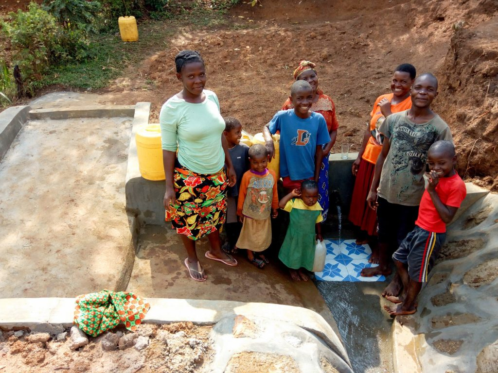 The Water Project : 23-kenya18118-clean-water