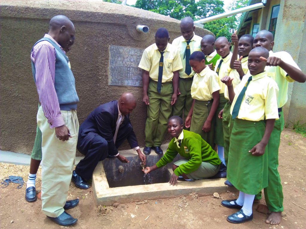 The Water Project : 26-kenya18048-clean-water