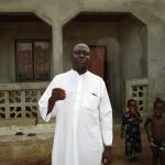 The Water Project: Kasongha Community, Kombrai Road -  Interview Sheik Alhaji Ahmad Sesay