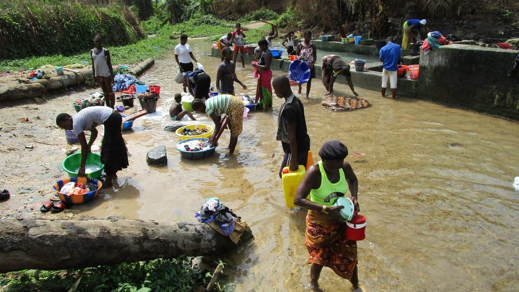 The Water Project : sierraleone18261-open-water-source