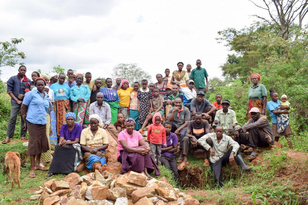 The Water Project : 1-kenya18202-kikaka-vision-shg