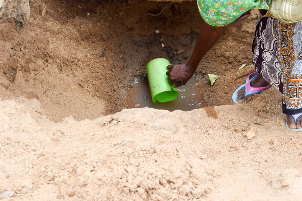 The Water Project : 1-kenya18206-fetching-water
