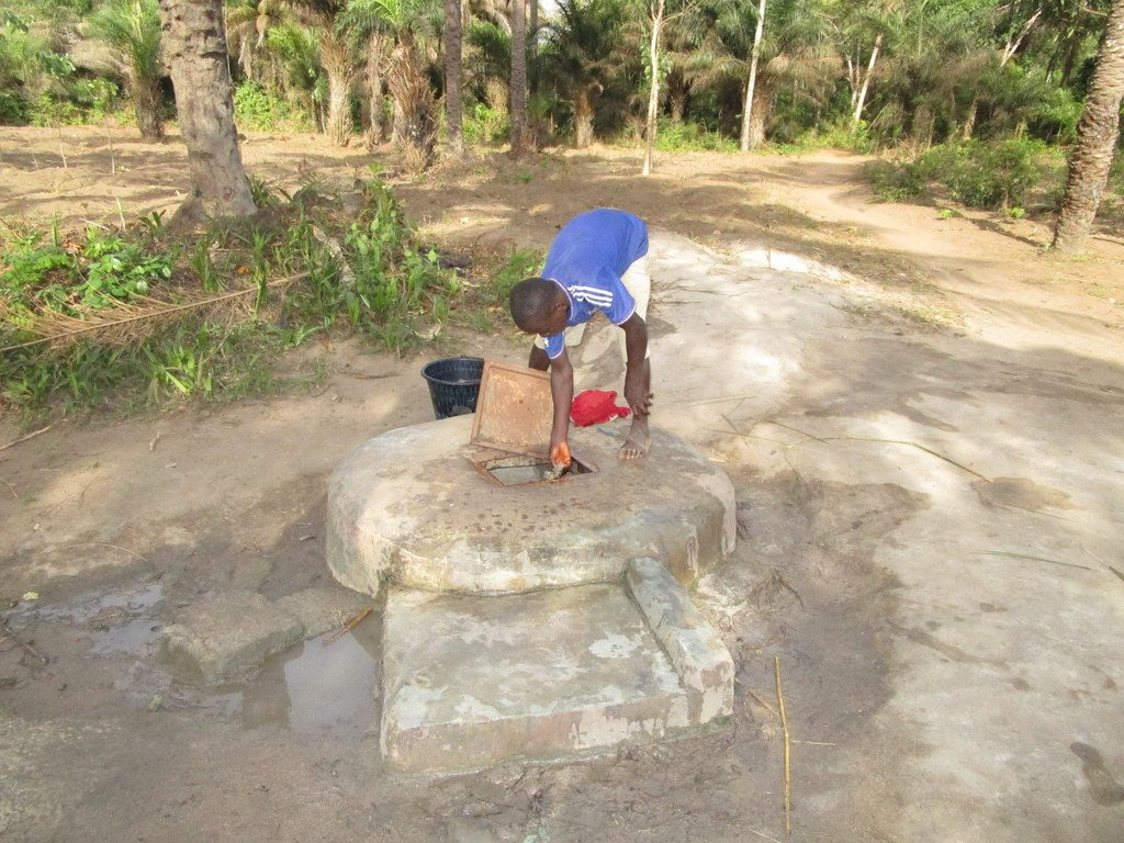 The Water Project : 14-sierraleone18266-alternative-water-source