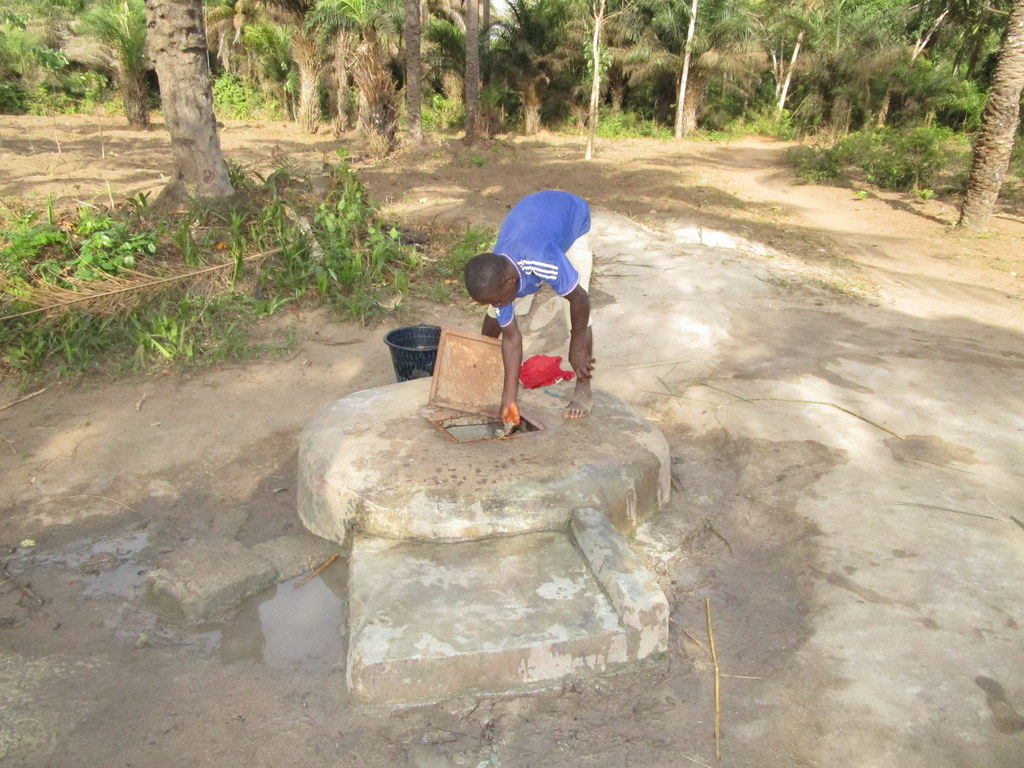 The Water Project : 14-sierraleone18266-alternative-water-source
