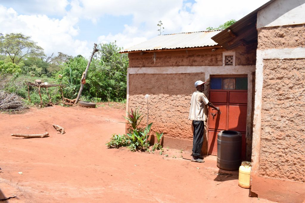 The Water Project : 3-kenya18170-mbalu-household
