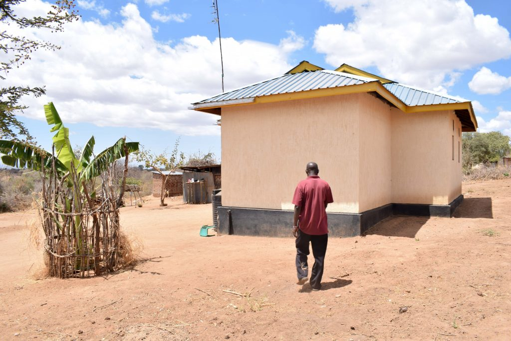 The Water Project : 3-kenya18209-ngei-household