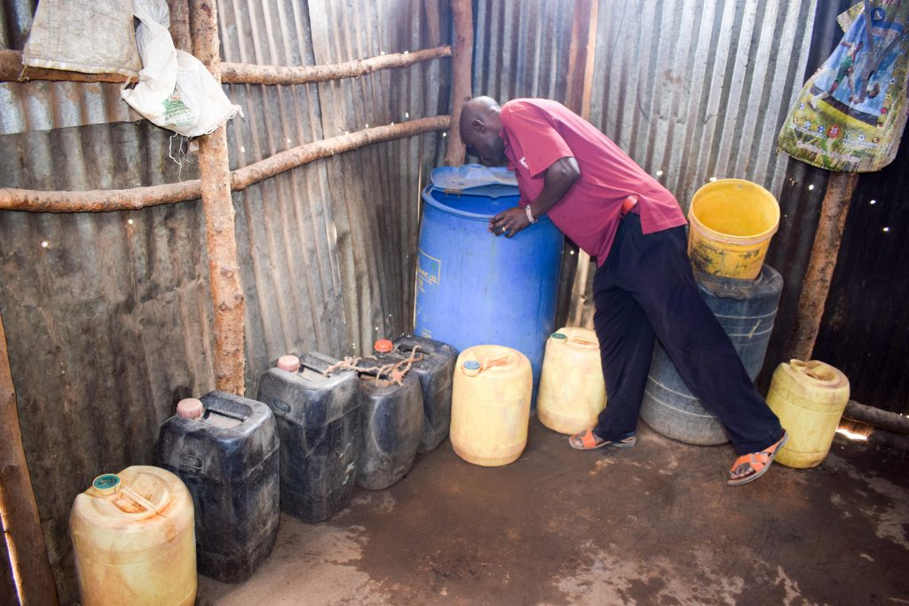 The Water Project : 5-kenya18209-water-containers