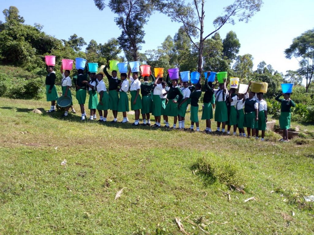 The Water Project : kenya18063-lined-up-with-water-buckets