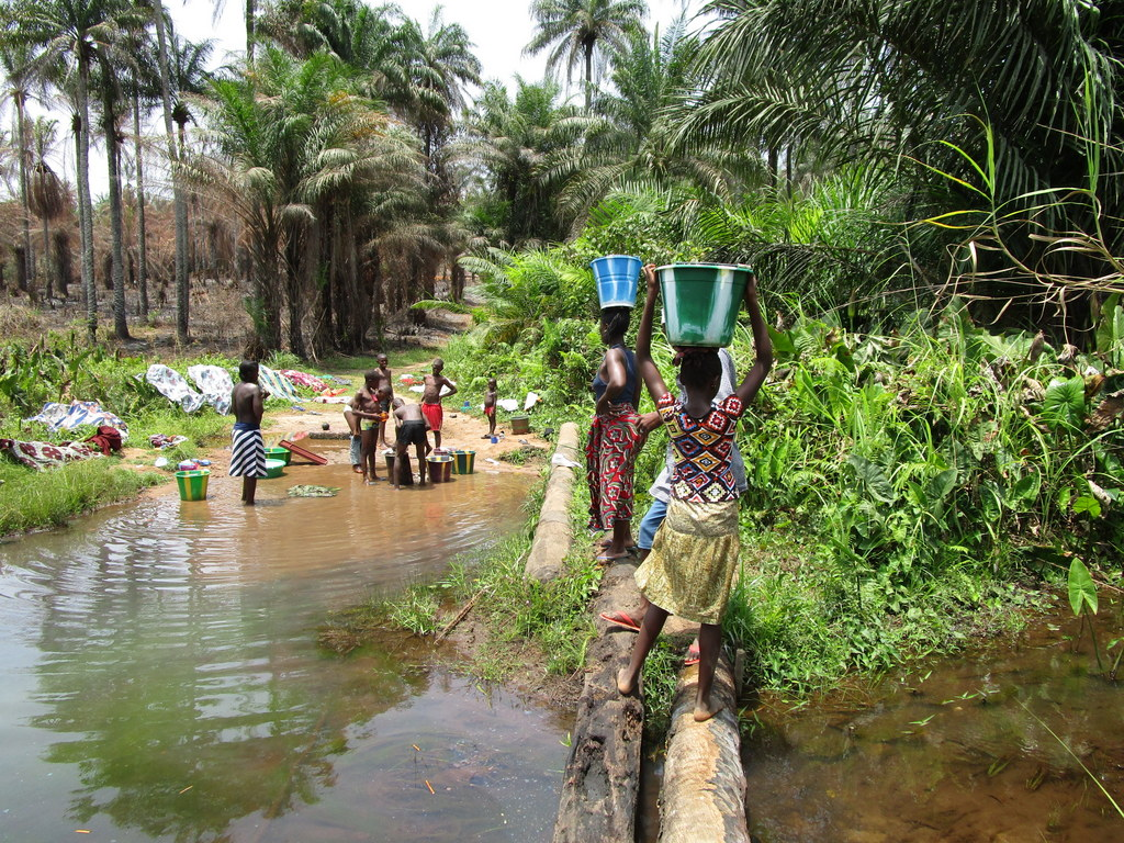 The Water Project Sierra Leone Mapitheri Port Loko Road
