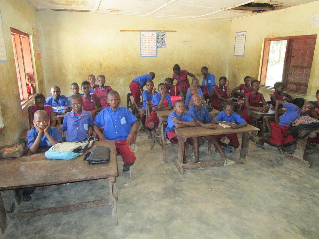The Water Project : sierraleone18281-students-in-class