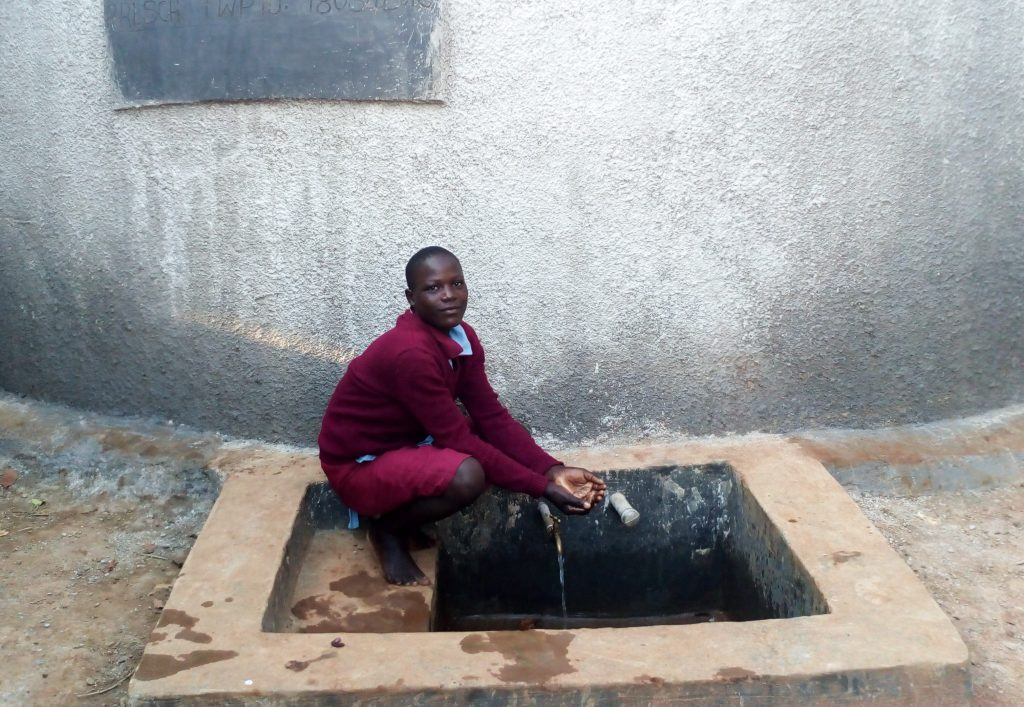 The Water Project : 32-kenya18034-clean-water