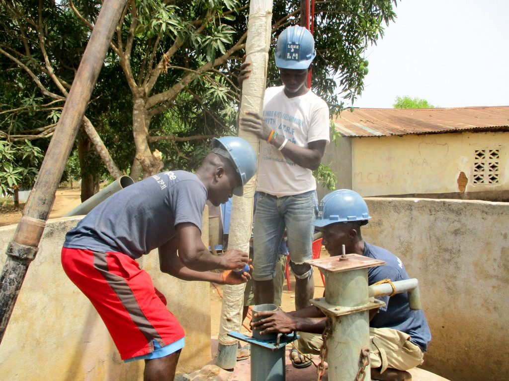 The Water Project : 18-sierraleone18277-drilling