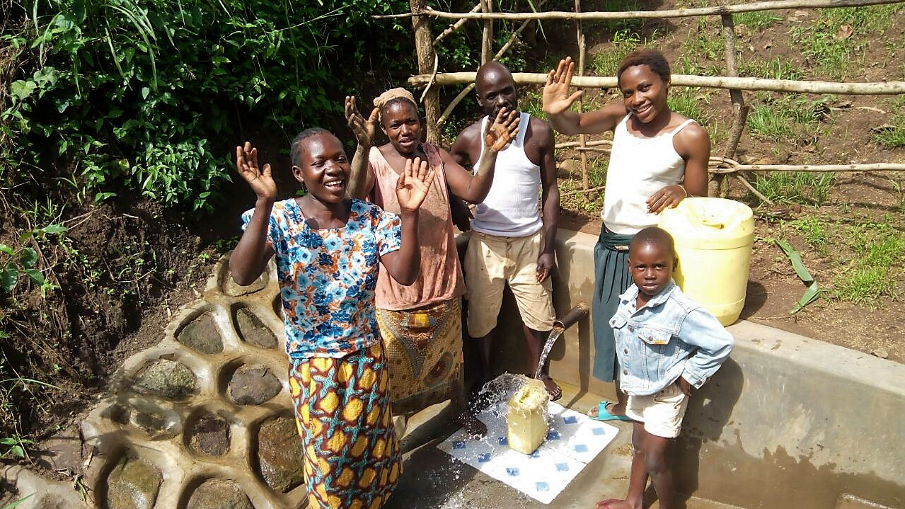 The Water Project : 20-kenya18119-clean-water