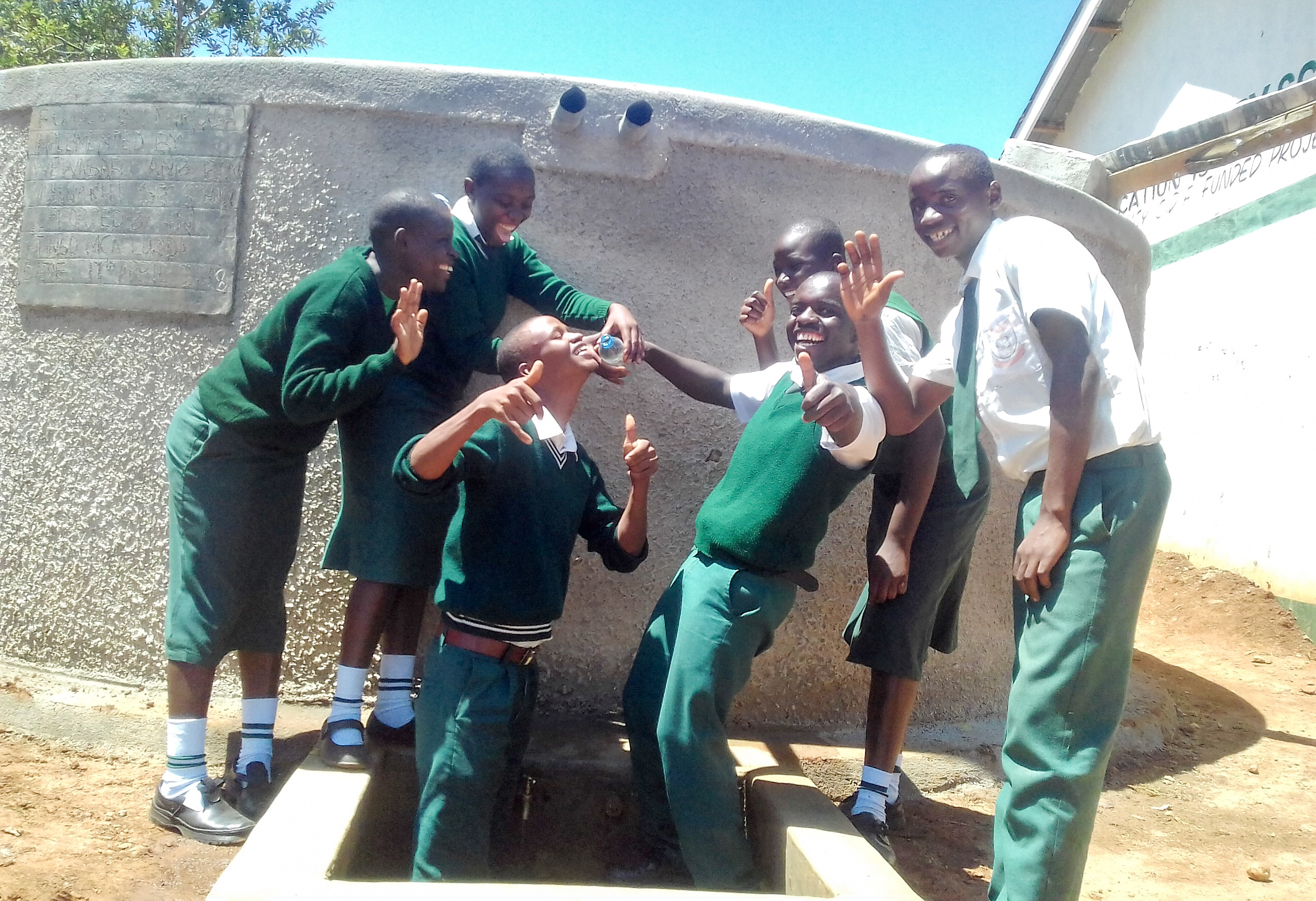 The Water Project : 26-kenya18013-clean-water