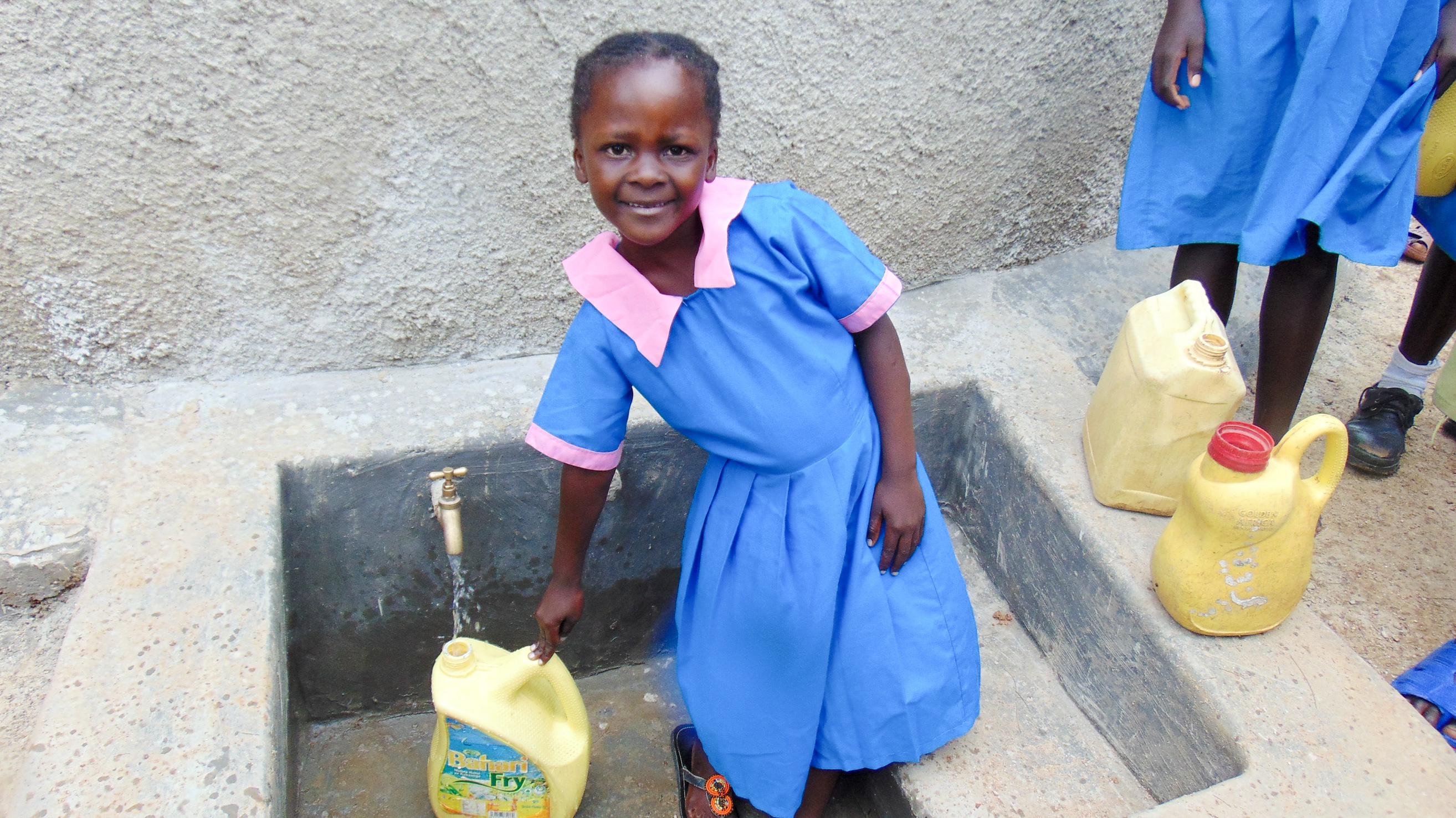 The Water Project : 26-kenya18040-clean-water