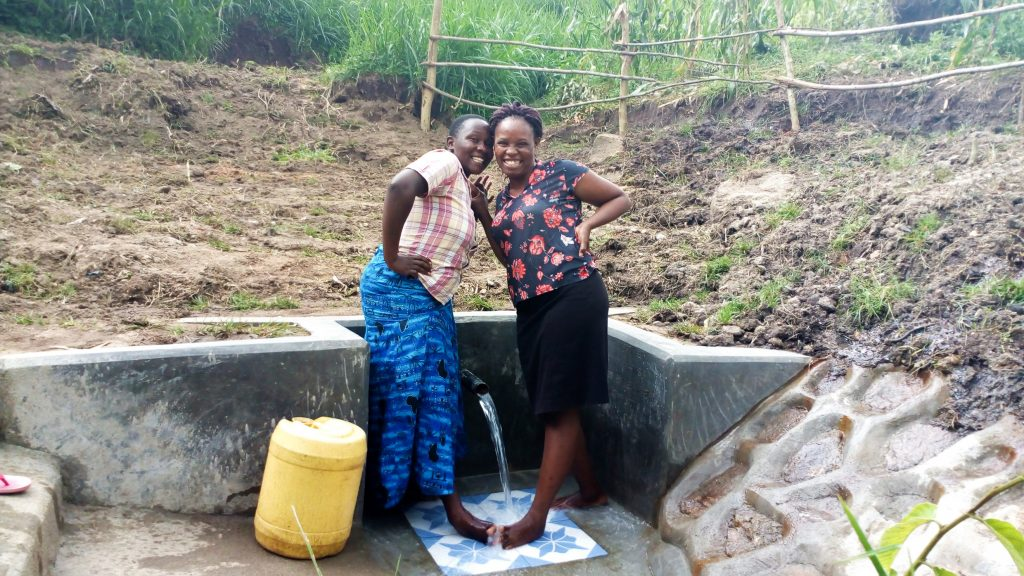 The Water Project : 30-kenya18113-clean-water