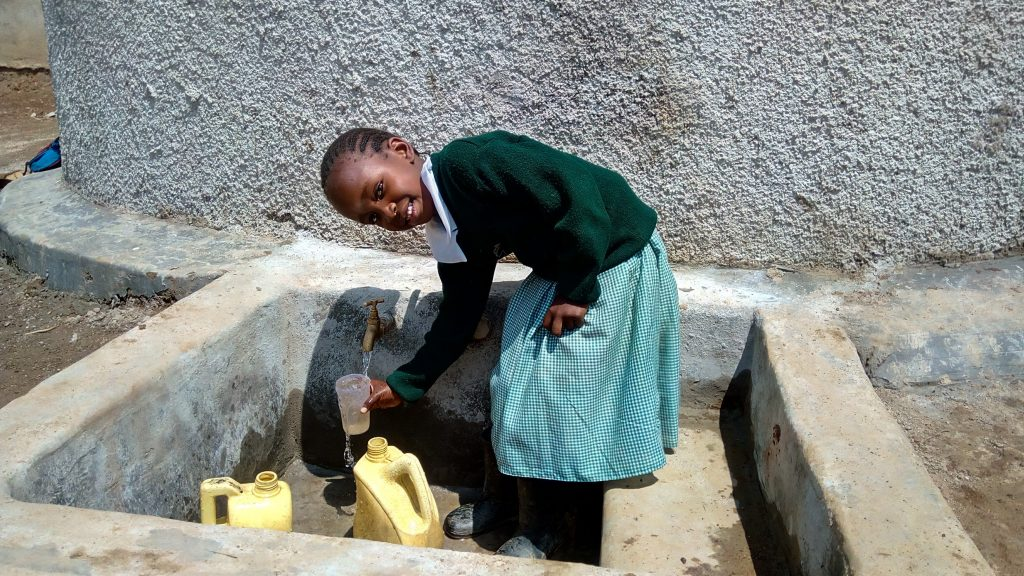 The Water Project : 31-kenya18077-clean-water
