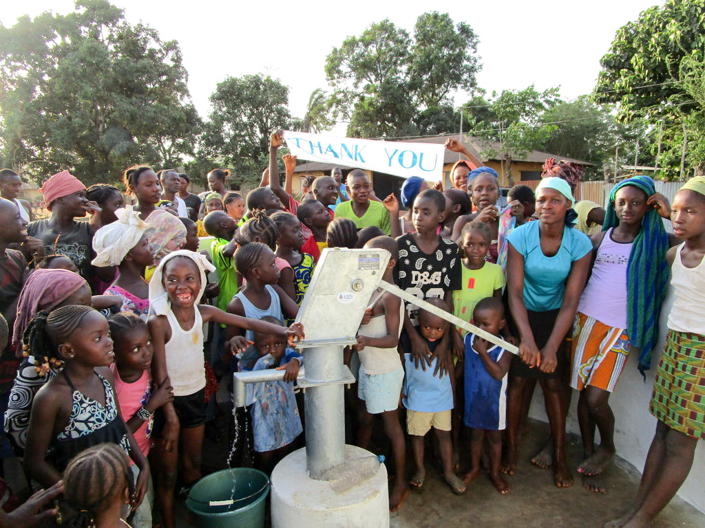 The Water Project : 34-sierraleone18253-clean-water