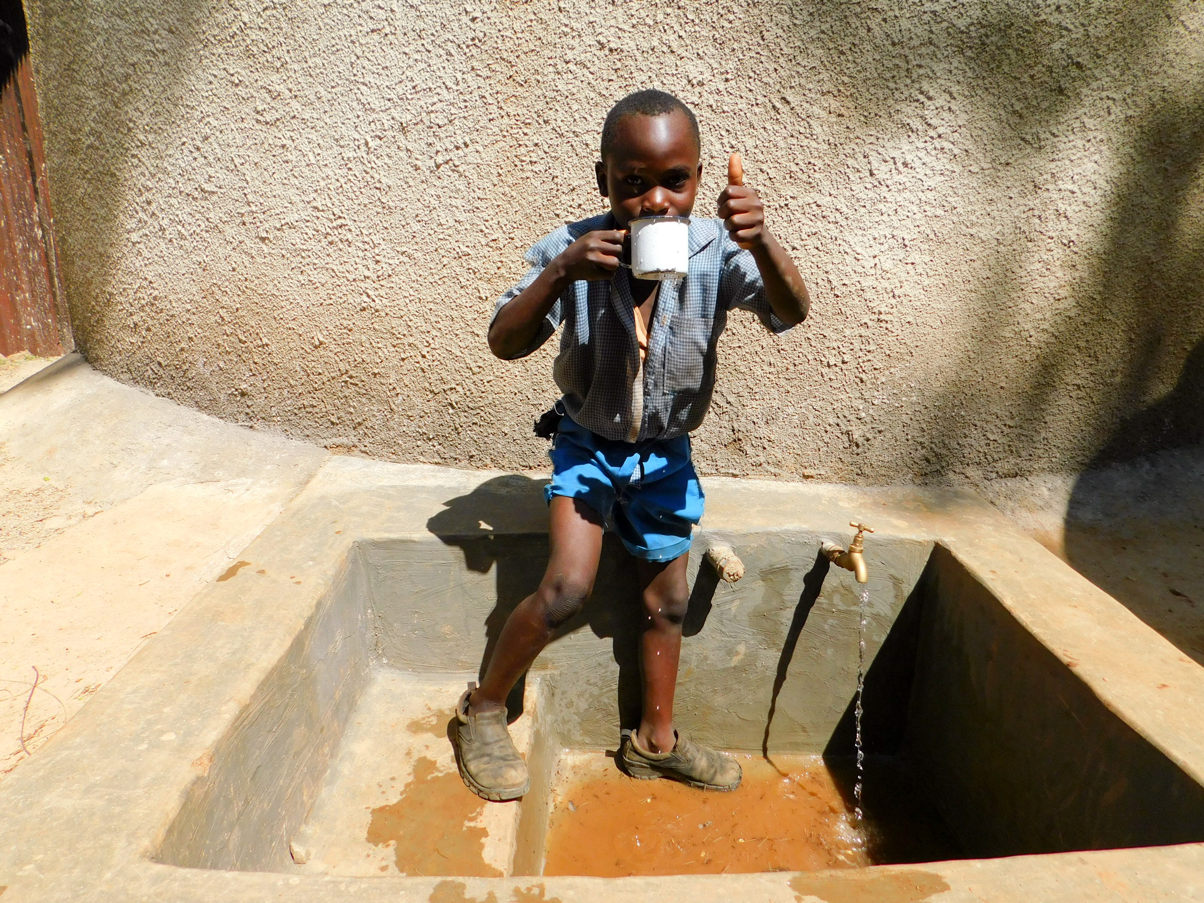 The Water Project : 35-kenya18044-clean-water