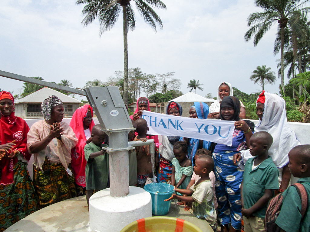 The Water Project : 39-sierraleone18261-clean-water