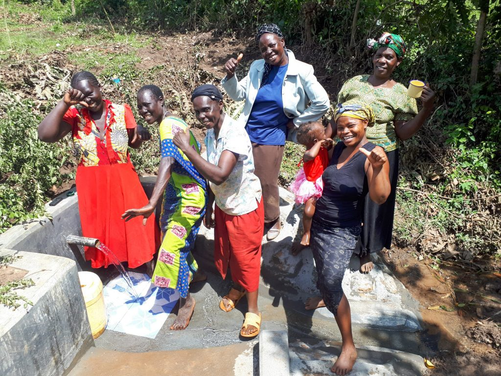 The Water Project : 41-kenya18125-clean-water