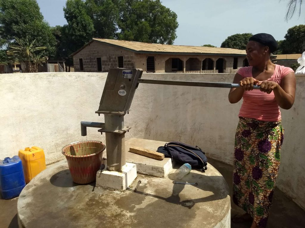 The Water Project : sierraleone5116-clean-water