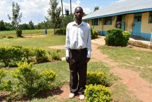 The Water Project:  Deputy Headteacher Leonard Chitechi