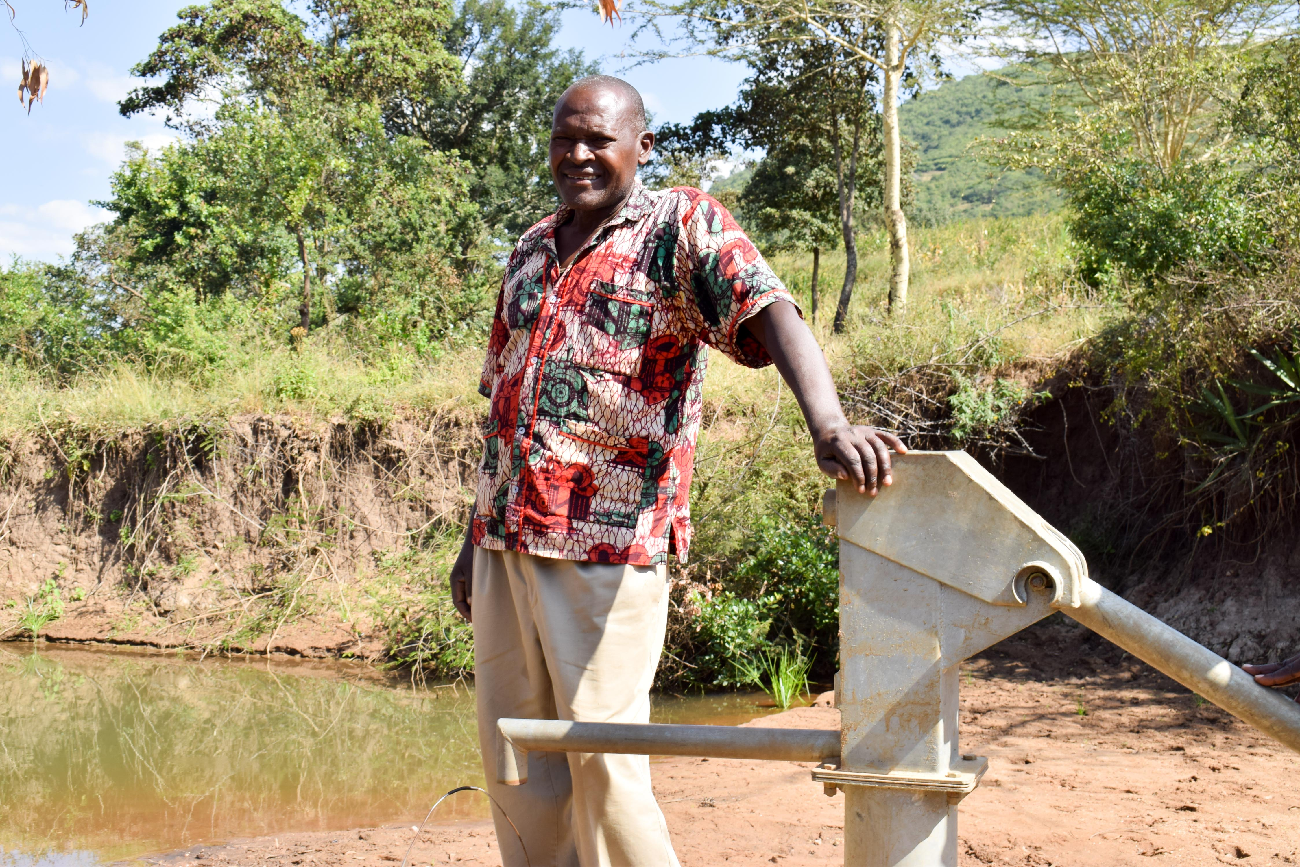 The Water Project : 2-kenya4774-nicholas-kitusa