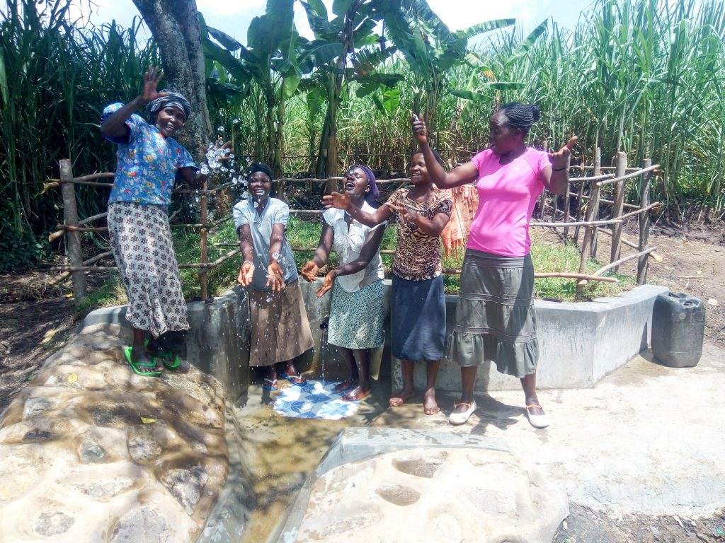 The Water Project : 20-kenya18129-protected-spring