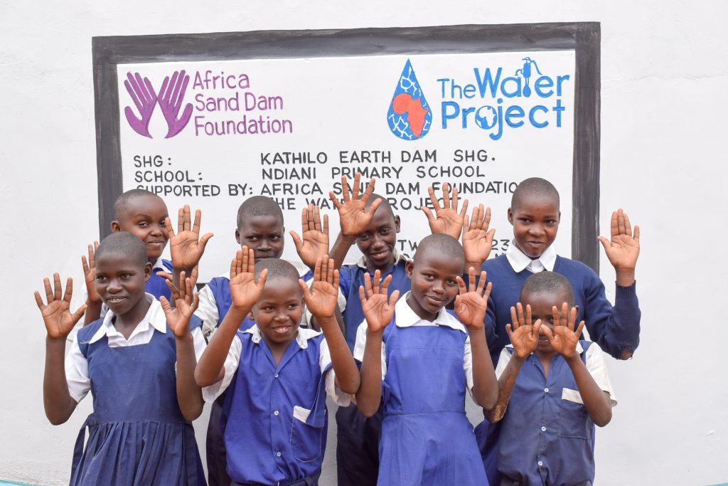 The Water Project : 27-kenya18237-finished-tank