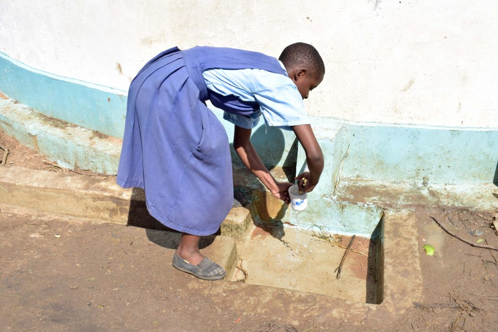 The Water Project : 4-kenya4797-a-year-with-water