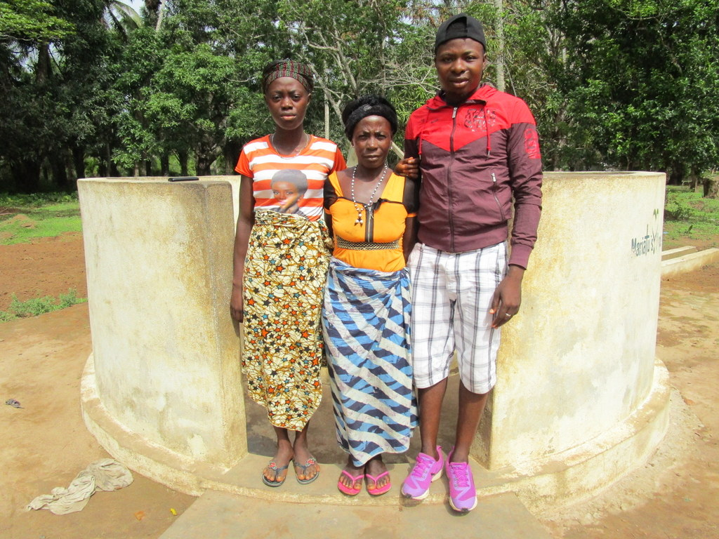 The Water Project : 4-sierraleone5107-a-year-with-water
