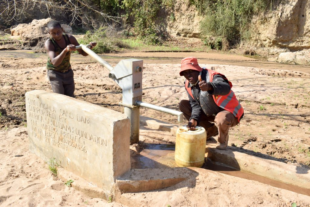 The Water Project : 5-kenya4768-a-year-with-water