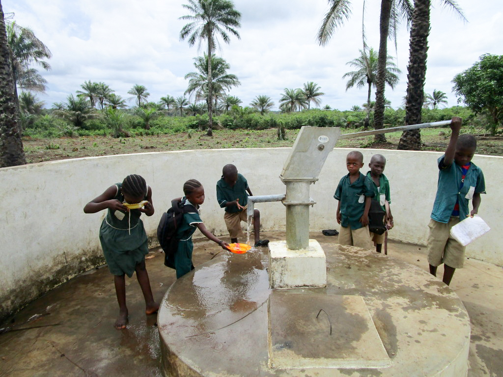 The Water Project : 5-kenya5106-a-year-with-water