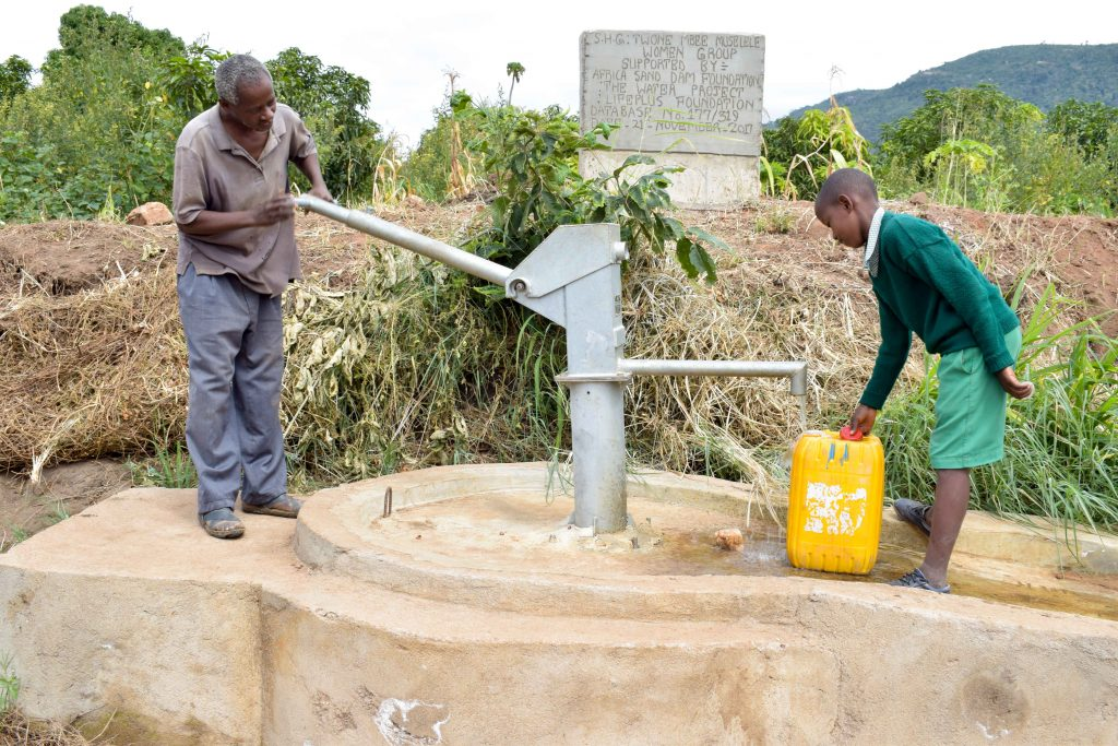 The Water Project : 8-kenya4769-a-year-with-water