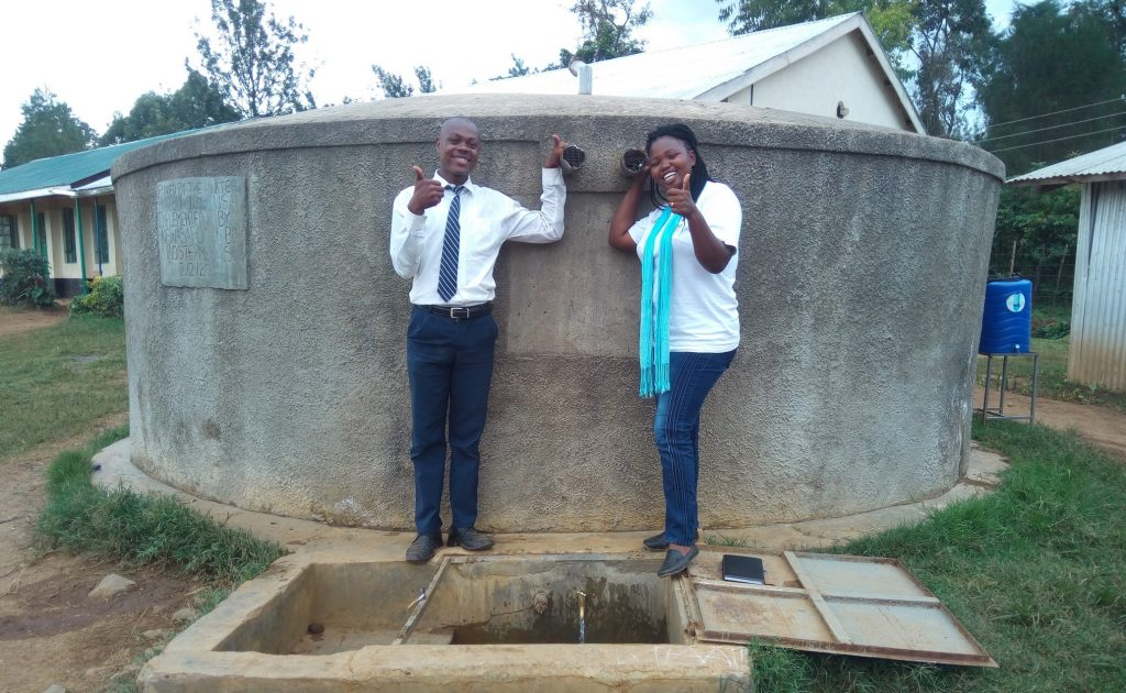 The Water Project : kenya4637-thumbs-up-for-reliable-water