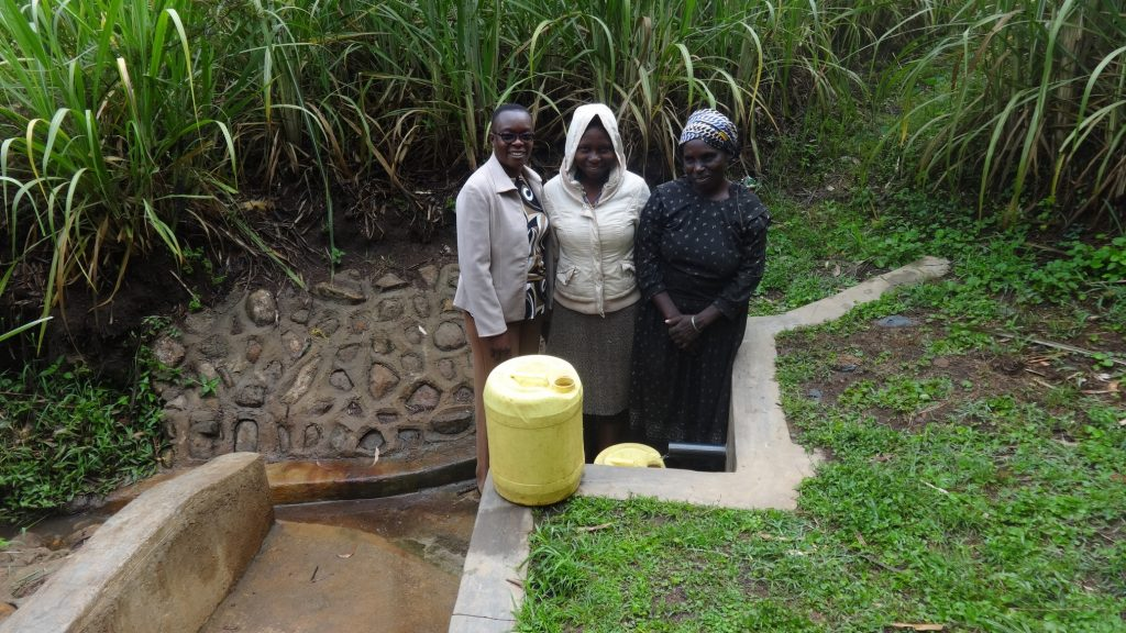 The Water Project : kenya4722-smiles-for-reliable-water