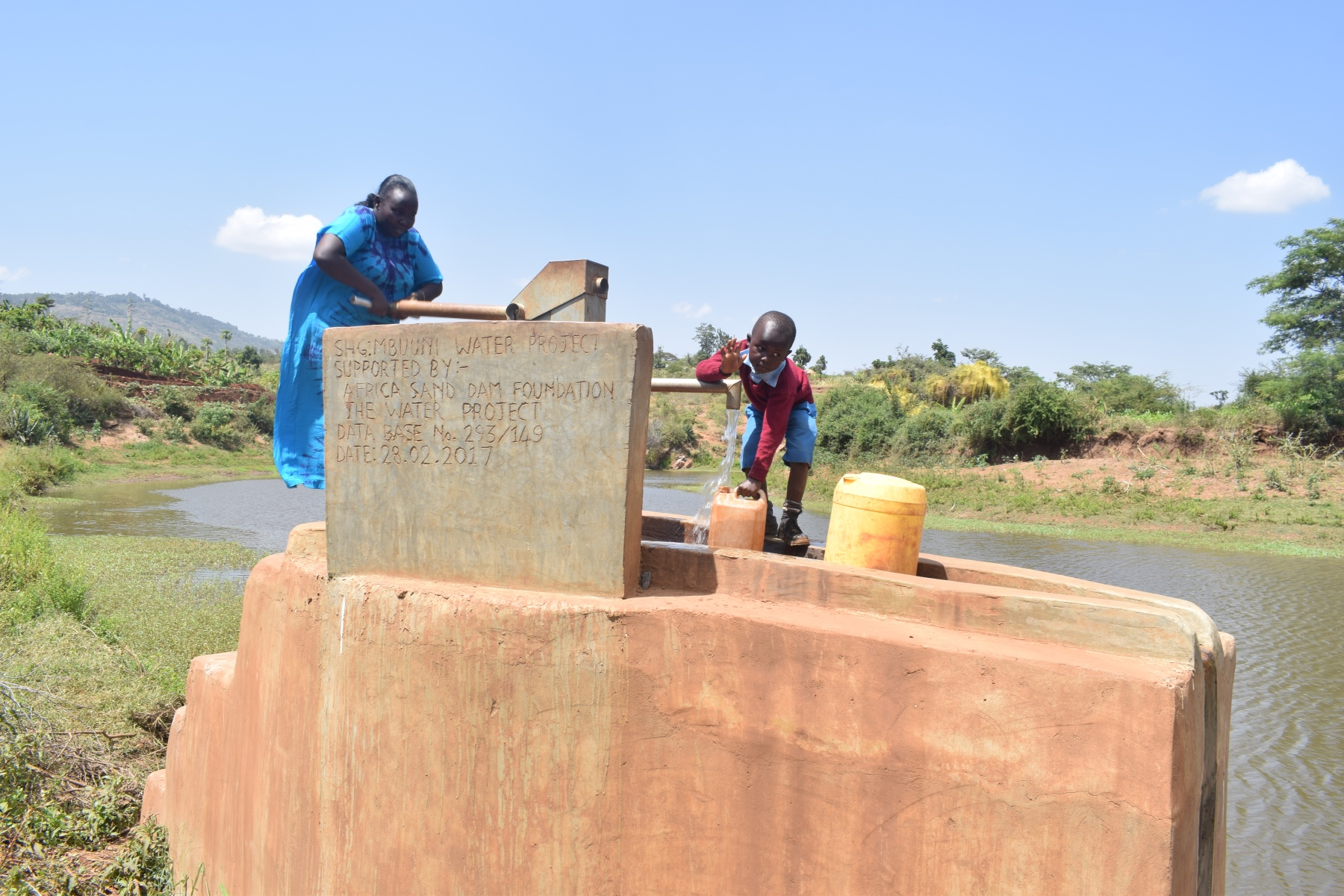 The Water Project : kenya4760-reliable-water