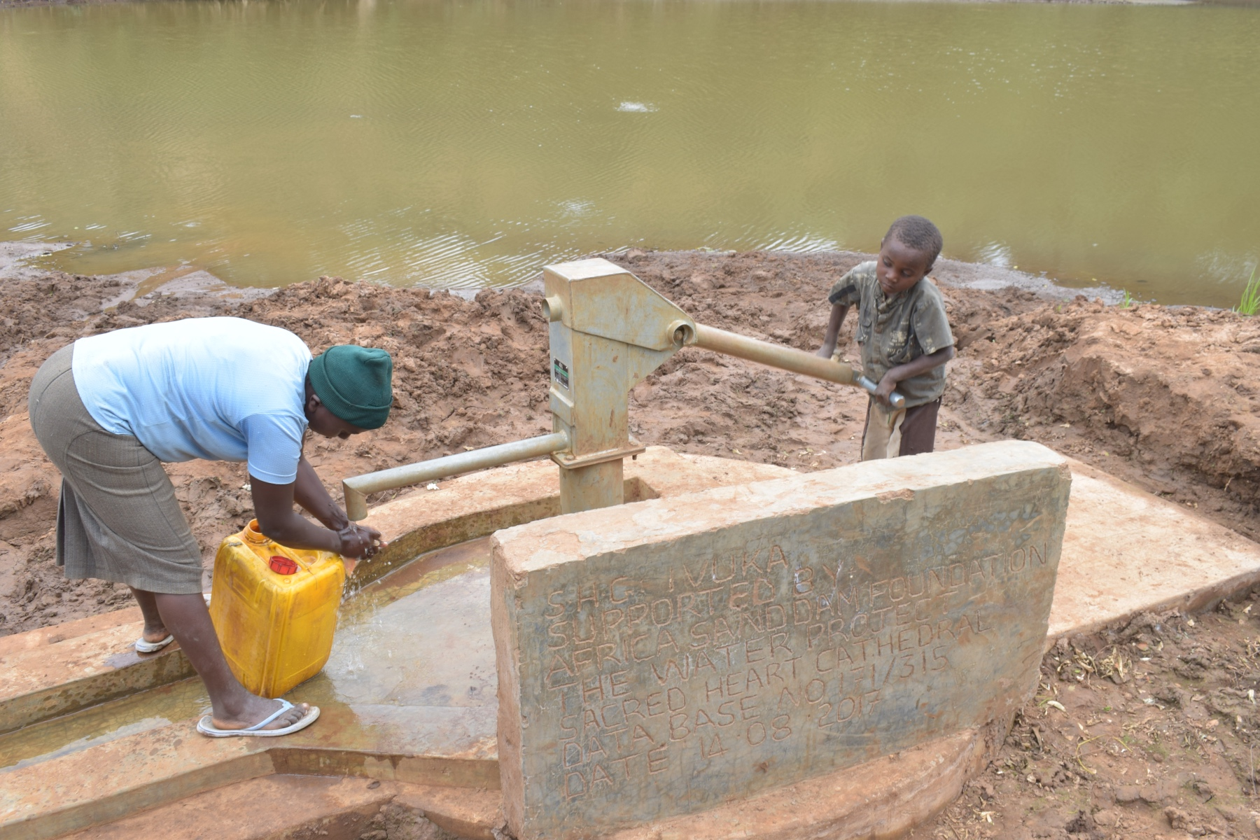 The Water Project : kenya4761-so-easy-even-a-kid-can-do-it